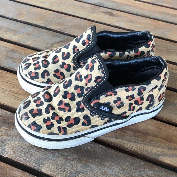 22ef974d29be Vans toddler girl leopard 6.5 shoes. M 5ab6e5218df47059da9abc73
